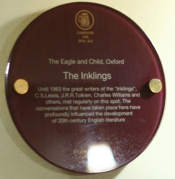 Round_sign_at_Eagle_and_Child